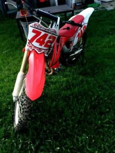 Powerful and fun Honda CRF 450 FOR SALE