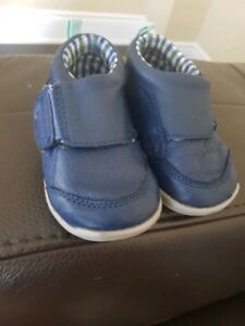 Carters first walk shoes size 4.5