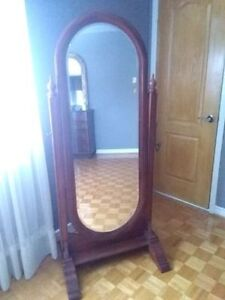 Antique Standing Floor Mirror w Beveled Glass