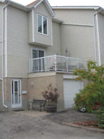 Beautiful Port Stanley ON - Water Front Townhouse - Condo