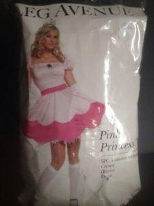 Women Halloween costume (brand new)