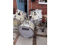 POWERBEAT DRUM KIT. FULL SIZE