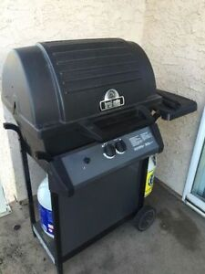 Broil-Mate Dual Burner BBQ (NEED GONE QUICK!)