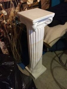 White column for decor
