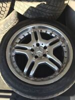 4 mags Mercedes staggered 18 pouces 675$