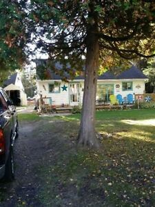 SAUBLE BEACH LEASE LAND COTTAGE