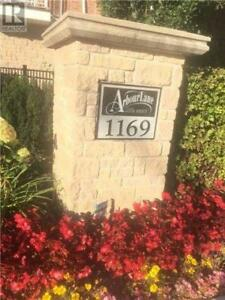 Well-Maintained Townhouse, 3 Br, 4 Wr, 1169 DORVAL DR, Oakville