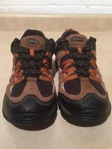Women's North 49 Hiking Shoes Size 10 London Ontario image 5