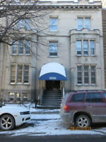 7 1/2 apartment 4BR / 2full BA located near Concordia, Dawson