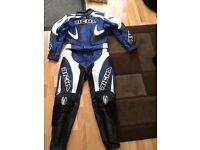 Ladies Richa motorcycle leathers