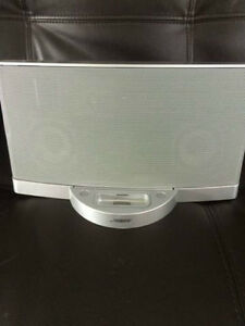 REDUCED - Bose Soundock music system
