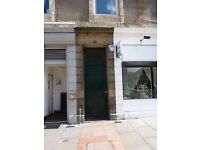 EASTER ROAD - Lovely 2 bed property situated in a traditional tenement building