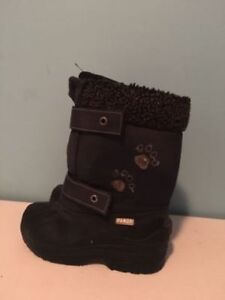 Panda winter boots size 11 in a great condition. Made in Ca
