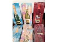 job lot of 300 brand new wine bottle gift bags for car boot sales or shops works out at 8p each