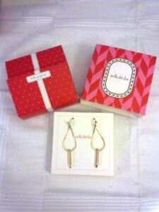 Stella & Dot Gold Earrings for your holidays!