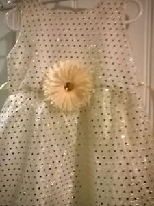 Hand made Girls dresses ,all sizes available 10 $ off
