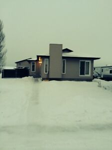 Beautiful House for Rent in Bon Accord