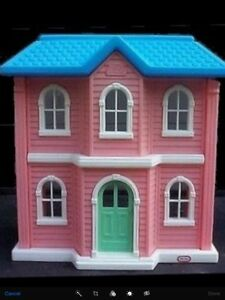 Little tikes large size doll house