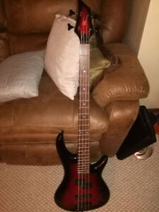 GK BASS GUITAR - GREAT CONDITION