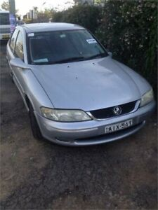 2000 Holden Vectra JSII CD Silver 4 Speed Automatic Sedan Wentworthville Parramatta Area Preview