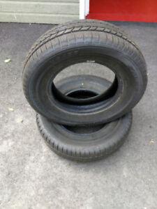 235/60R16 pneu d'hiver
