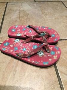 Girls and boys shoes/ sandals sizes Kingston Kingston Area image 5