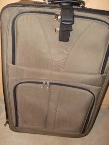 Large Travelpro suitcase Kitchener / Waterloo Kitchener Area image 1