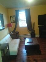 Beautiful Old South 2 Bedroom Apartment