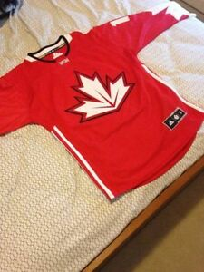 Trading signed Toews Canada Jersey for Nintendo Wii games