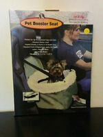 Pet Booster Seat for up to 20 lbs Safety Leash - BRAND NEW