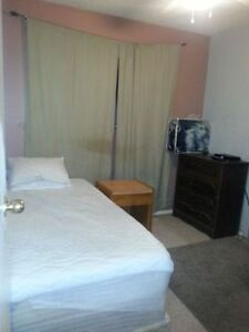FURNISHED ROOM READY FOR RENT TODAY@$60/D,$250/W,$700/M-DOWNTOWN
