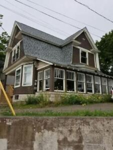 165 ST. GEORGE ST. MONCTON - WALKING DISTANCE TO DOWNTOWN!