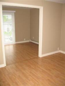 Very Nice 2 Bed Apt, Jan 1st, Mapleton Rd, All Inclusive!