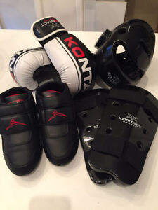 Taekwondo Boys Equipment: worn 5 times; brand new: