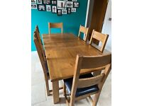 Harvey's Toulouse Oak Extending Dining Table & 6 Chairs