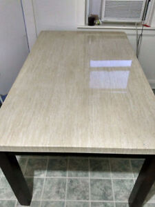 LEONS Dining Table