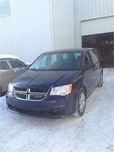 2014 Dodge grand caravan stow and go on sale (financing availab