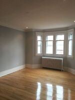 FULLY RENOVATED LARGE 4.5 IN NDG SHERBROOKE AND HARVARD