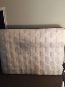 Westin Therapeutic queen bed and boxspring