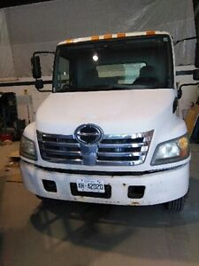 Looking for Consignment parking spot for 2008 HINO