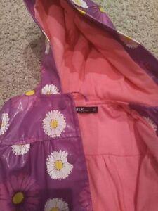 Girls Fall/Spring Rain Jacket. 2T Kitchener / Waterloo Kitchener Area image 2