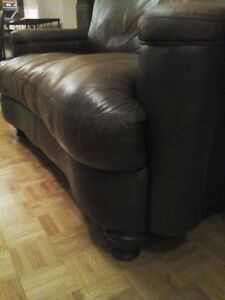 Vintage Italian Couch Sofa 100% Leather Beautiful!