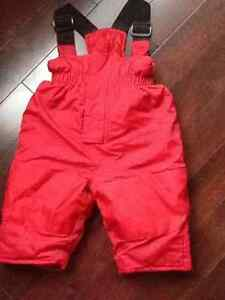 Peluche et Tartine red snowpants, size 12M, like new