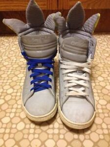 Ladies Size 8 Adidas Hightop Sneakers St. John's Newfoundland image 4