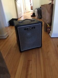 GK MB112 Bass amp, great condition.