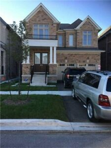 Beautiful Layout, 4 Bedroom Detached Home In Great Location!