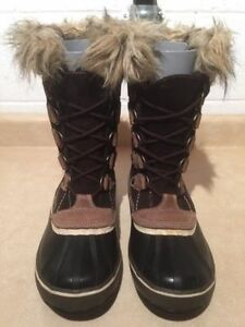 Women's Wind River Insulated Winter Boots Size 10 London Ontario image 3