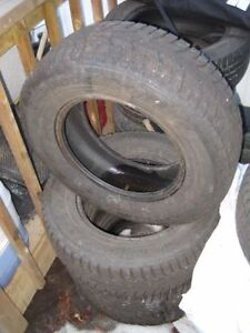 SET OF HANKOOK STUDDABLE WINTER TIRES *HARDLY USED*