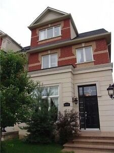 Beautiful Upgraded 4 bedroom executive townhome in MISSISSAUGA.