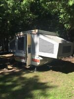 Pop-up Tent trailer